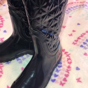 lucky top Shoes - Lucky Top GUC beautiful girls boots 👢 size 1